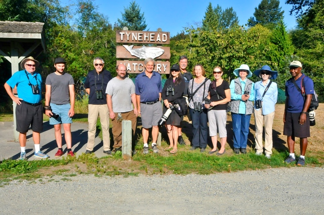 11 DNCB (plus Hatchery volunteer Joe) at Tynehead Park - click on photo to see large version